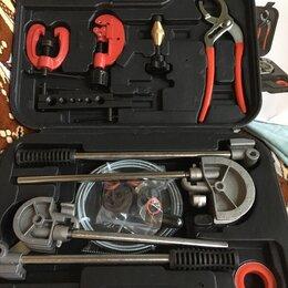 Наборы инструментов и оснастки - Набор инструмента водопроводчика, 0