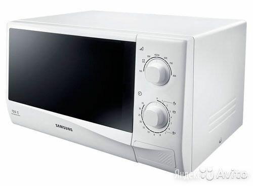 Микроволновая печь Samsung с грилем по цене 3500₽ - Микроволновые печи, фото 0