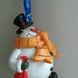 Новогодние фигурки и сувениры - Сувенир подвеска Снеговик. Тяжелый. 8 см. Привезен из Европы (Франция)., 0