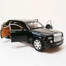 Свитеры и кардиганы - Металлическая модель Rolls Royce, 0