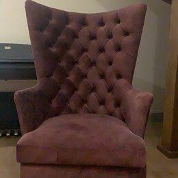 Кресла - Кресло  с каретной стяжкой ,  на резных ножках, 0