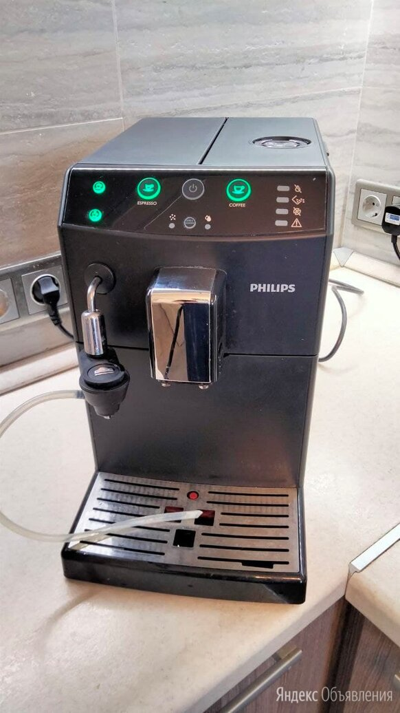 Кофемашина Philips HD 8825/09 по цене 13000₽ - Кофеварки и кофемашины, фото 0