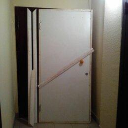 Готовые конструкции - Входная дверь строительная с новостройки, 0