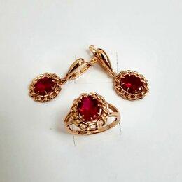 Комплекты - Золотые серьги и кольцо с рубином, 0