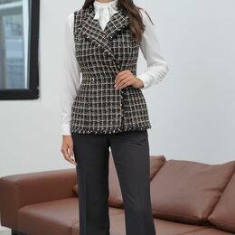Одежда и обувь - Костюм 21-651-2 URS Модель: 21-651-2, 0