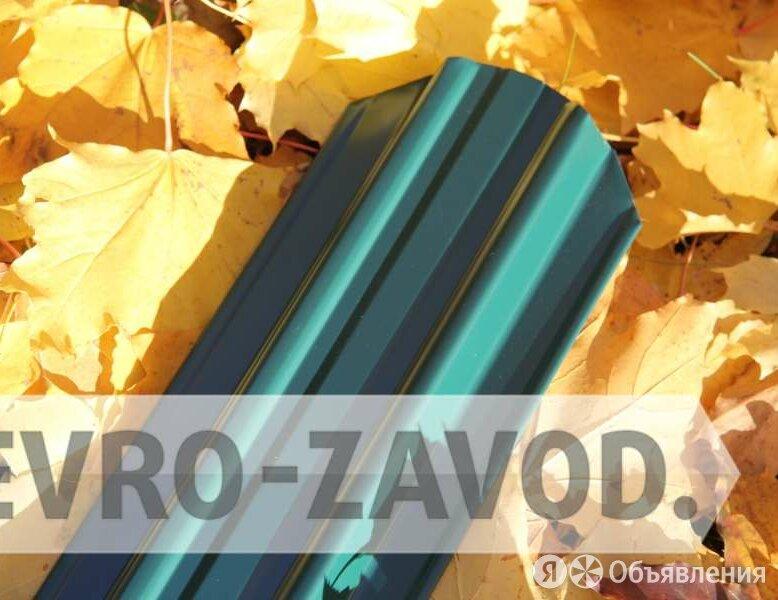 Металлоштакетник, С-образный, RAL 6005 по цене 66₽ - Металлопрокат, фото 0
