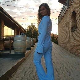 Костюмы - Костюм женский, голубой, 42 размер, 0