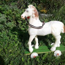 Другое - Конь Снежок на колесиках ссср белая, 0