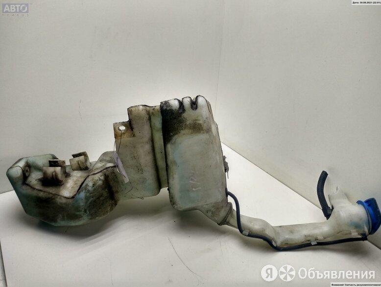 Бачок омывателя Seat Alhambra 2л Дизель по цене 1100₽ - Кузовные запчасти, фото 0