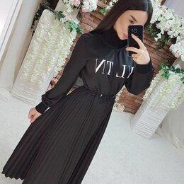 Платья - Платье VLTN, 0