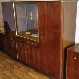 Шкафы, стенки, гарнитуры - Сервант шкаф камод, 0