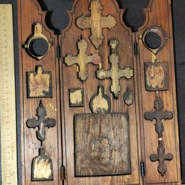 Иконы - трехстворчатый деревянный складень под икону и кресты,19 в, 0