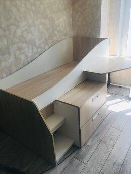 Кровати - Детская кровать-чердак со столом , 0
