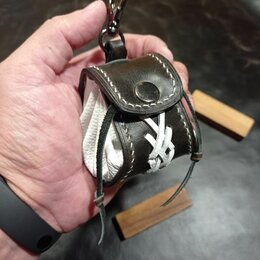 Брелоки и ключницы - Кожаный брелок рюкзачок из натуральной кожи, 0
