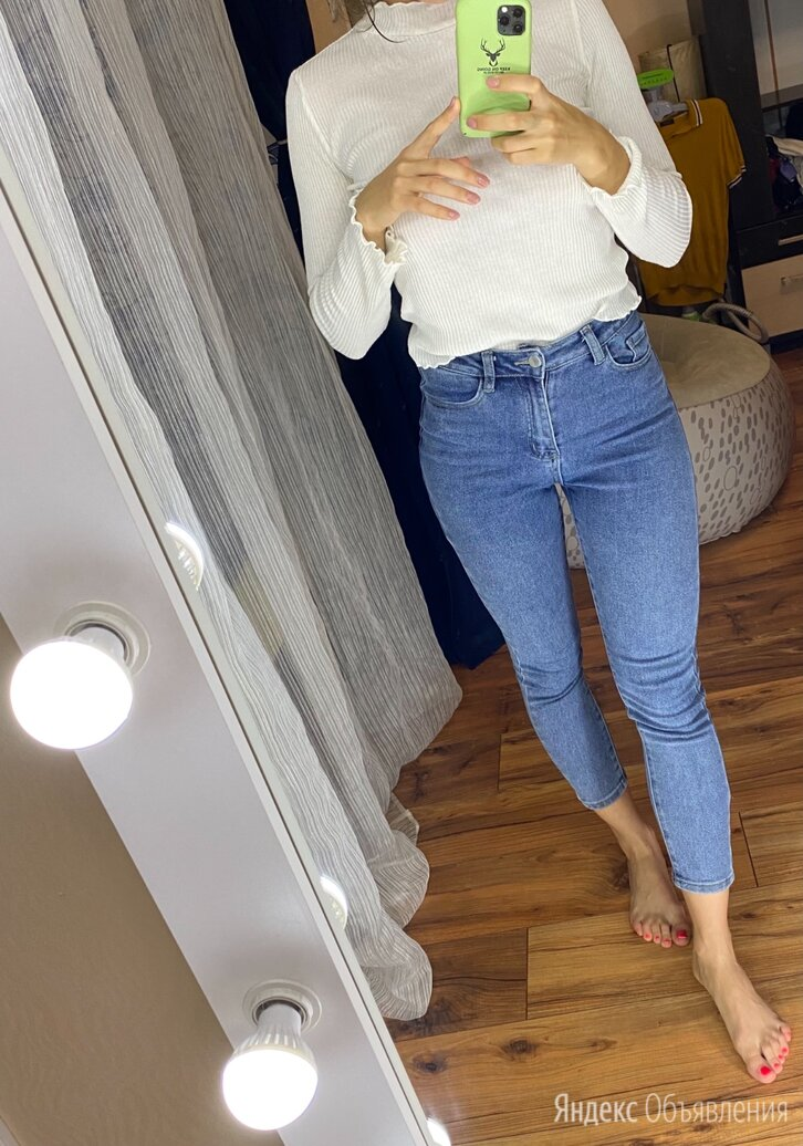Женские джинсы по цене 550₽ - Джинсы, фото 0