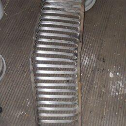 Кузовные запчасти - Решетка радиатора газ 21 2 серия, 0