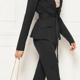 Костюмы - Брючный женский костюм с пиджаком на запАх. Размер 44,46,48, 0