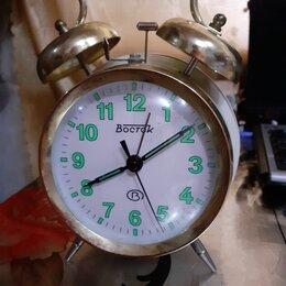 Часы настольные и каминные - Механический будильник восток м 872-10, 0