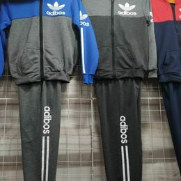 Спортивные костюмы и форма - Костюм спортивный Adidas на 4,5 лет, 0