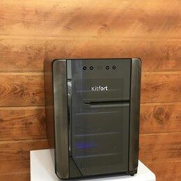 Винные шкафы - Винный шкаф Kitfort , 0