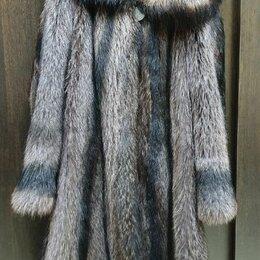 Шубы - Шуба из тёплого енота 48-50 , 0