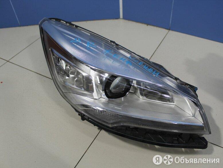 Фара правая Ford Kuga 2012-2019 по цене 2800₽ - Электрика и свет, фото 0