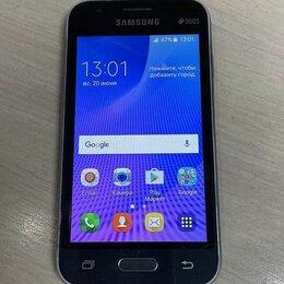 Мобильные телефоны - Смартфон Samsung Galaxy J1 mini SM-J105H, 0