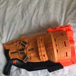 Игрушечное оружие и бластеры - Нёрф думлэндс судья, 0