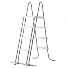 Лестницы и поручни - Лестница со съемными ступеньками для бассейнов высотой 122 см 28076 INTEX, 0