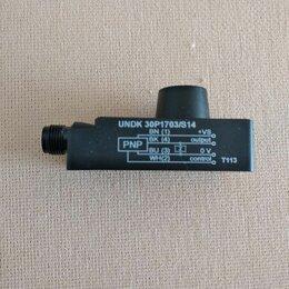 Прочие датчики, считыватели и преобразователи - Датчик ультразвуковой  Baumer UNDK 30P 1703/S14, 0