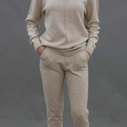 Спортивные костюмы - Трикотажный спортивный костюм, 0