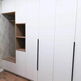 Шкафы, стенки, гарнитуры - Шкаф в прихожую распашной, 0