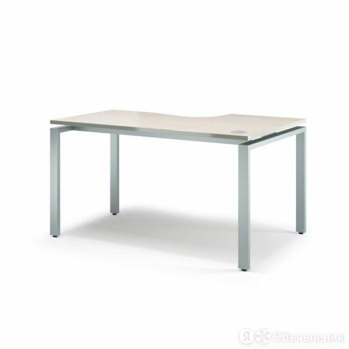 Стол письменный эргономичный на металлокаркасе V-1.5.1М_R Vita M по цене 16611₽ - Столы и столики, фото 0