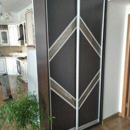 Шкафы, стенки, гарнитуры - Шкаф-купе, тумба в подарок, 0