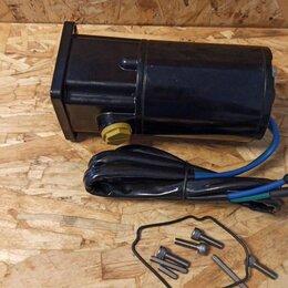 Двигатель и комплектующие  - Мотор подъема мотора Mercury 30-125 лс 809885а1, 0