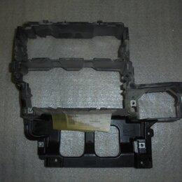 Интерьер  - Audi A6 2004-2011 год (C6) Рамка магнитолы, 0