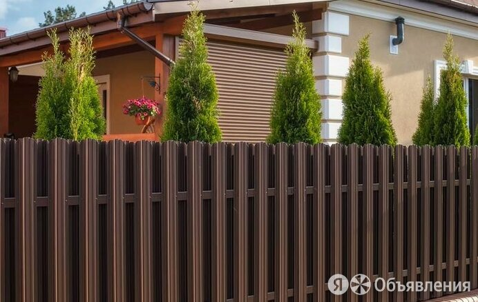 Забор из евроштакетника по цене 48₽ - Заборы, ворота и элементы, фото 0