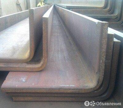 Уголок гнутый неравнополочный 160х100х6 мм AISI310S по цене 380000₽ - Металлопрокат, фото 0
