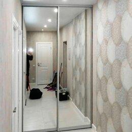 Шкафы, стенки, гарнитуры - Зеркальные двери-купе для гардеробной, 0