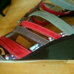 Шлепанцы - Шлепанцы новые,кожа,на слитном каблуке, 0