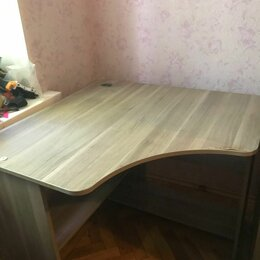 Компьютерные и письменные столы - Большой угловой письменный стол , 0
