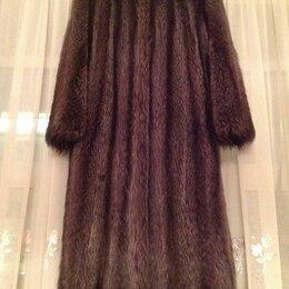 Шубы - Шуба (меховое пальто) из канадского енота (р. 48), 0