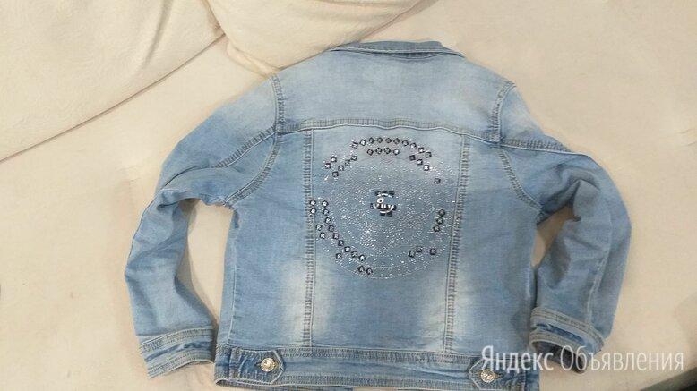 Джинсовая куртка фирмы lee sanforized по цене 500₽ - Куртки и пуховики, фото 0