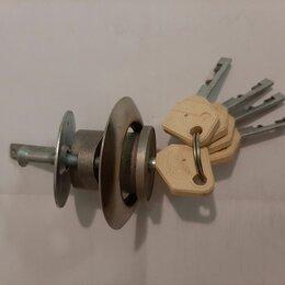 Замки и комплектующие - Цилиндр замка (5 ключей), 0