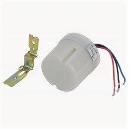 Датчики света - Датчик движения DF 303  ЭРА Фотореле серый, макс. нагрузка 5500 ВА IP44 ТМ, 0