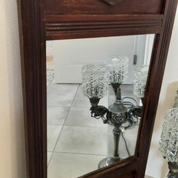 Зеркала - Антикварное зеркало в деревянной раме, 0