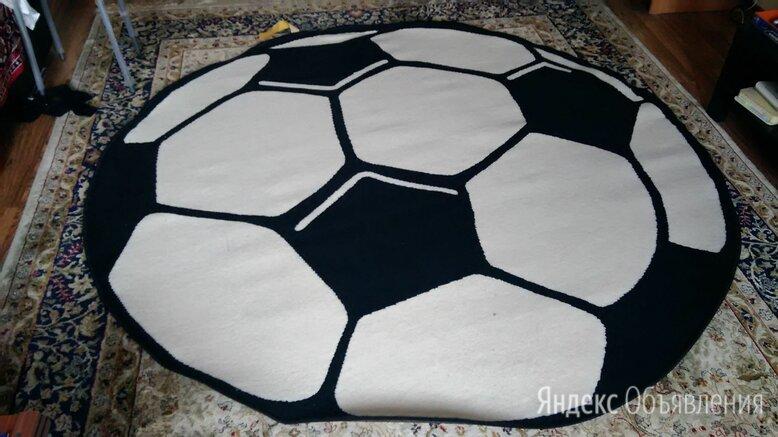 Вязаный коврик футбольный мяч по цене 4000₽ - Ковры и ковровые дорожки, фото 0