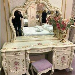 """Столы и столики - Туалетный стол с зеркалом и пуфом """"Венеция Классик"""", 0"""