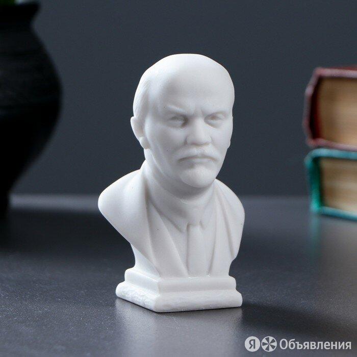 Бюст Ленин средний 9х6см, белый / мраморная крошка по цене 522₽ - Другое, фото 0