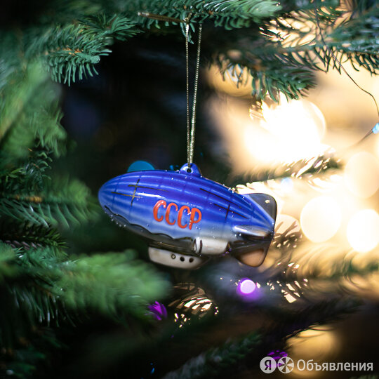 Игрушка елочная фарфоровая 'Дирижабль' по цене 1550₽ - Ёлочные украшения, фото 0